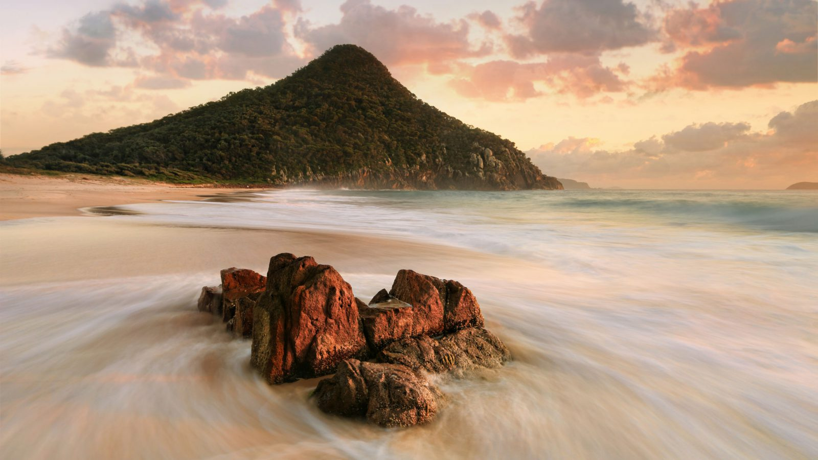 Zenith Beach Port Stephens